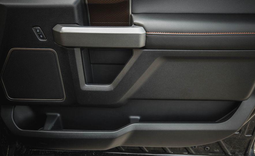 2017 Ford F-150 Raptor - Slide 66