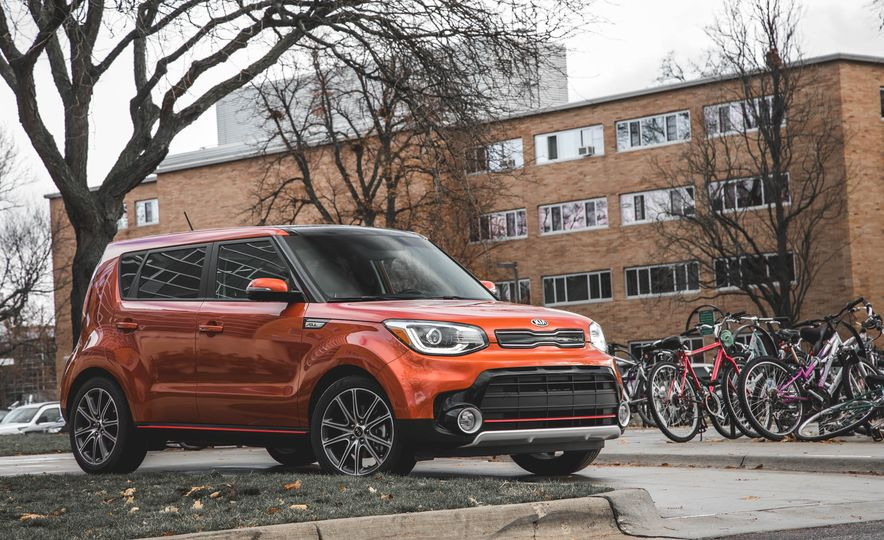 2017 Kia Soul Turbo - Slide 1