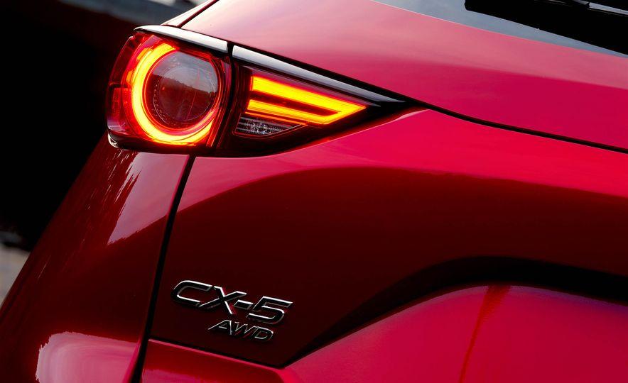 2017 Mazda CX-5 (JDM-spec) - Slide 10