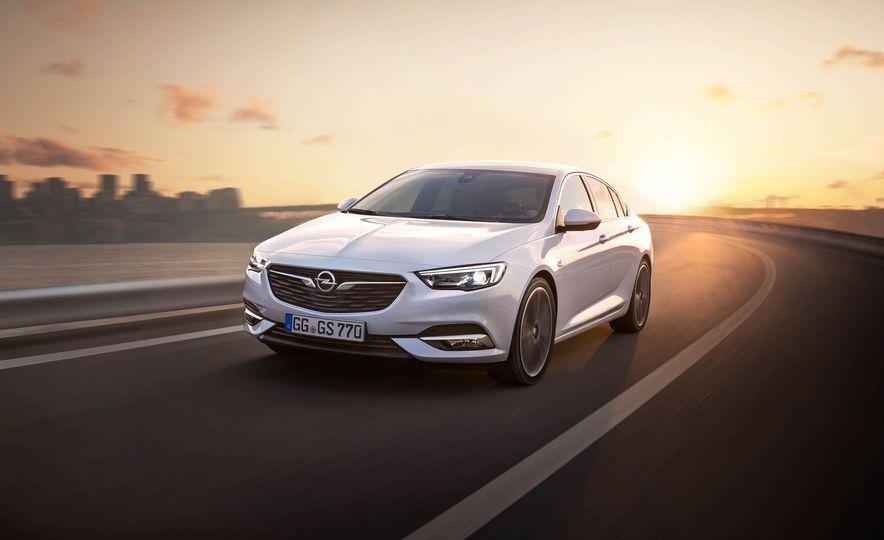 Opel Insignia Grand Sport (Euro-spec) - Slide 11