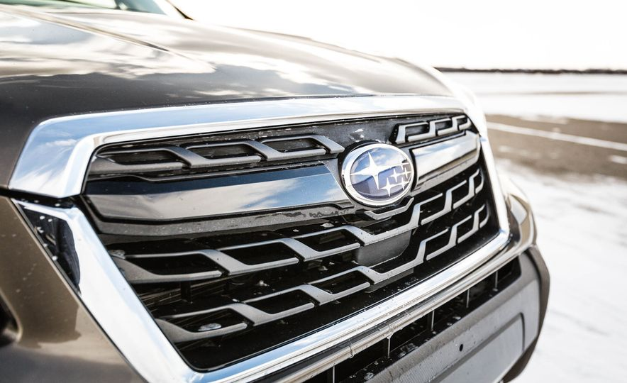 2017 Subaru Forester XT - Slide 18