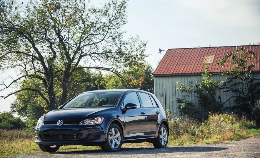 2017 Volkswagen Golf 1.8T TSI - Slide 9
