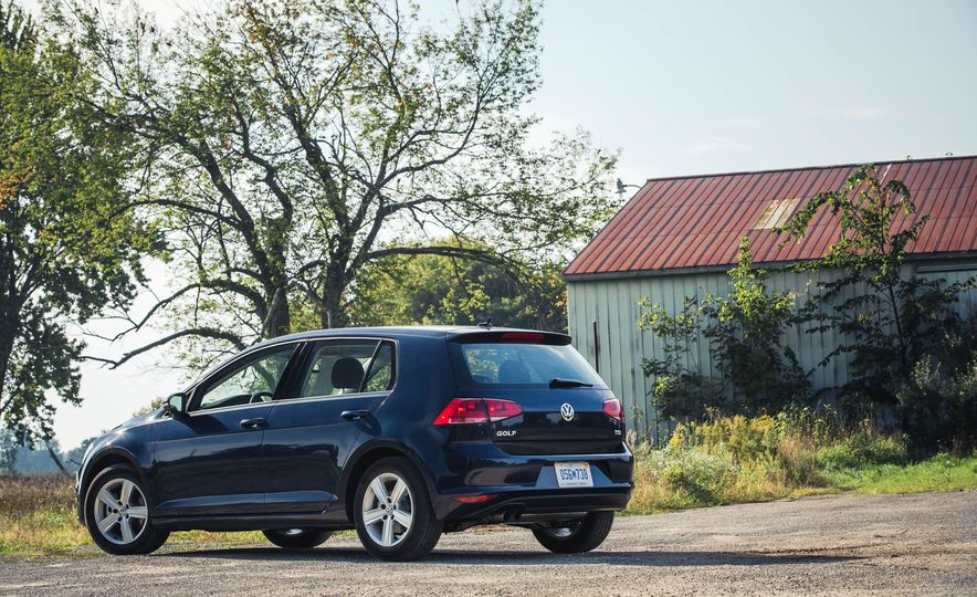 2017 Volkswagen Golf 1.8T TSI - Slide 11