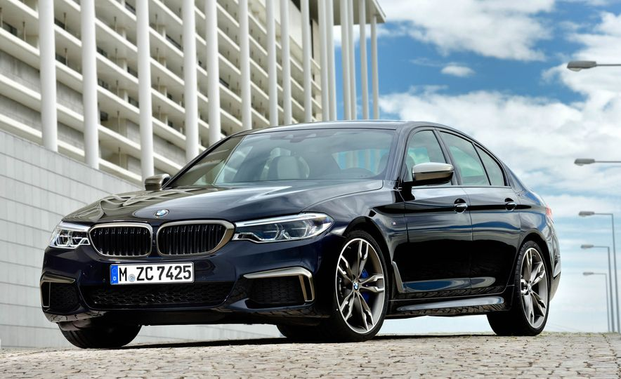 2018 BMW M550i xDrive - Slide 15
