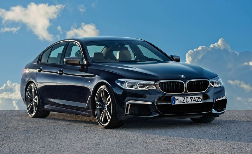 2018 BMW M550i xDrive - Slide 18