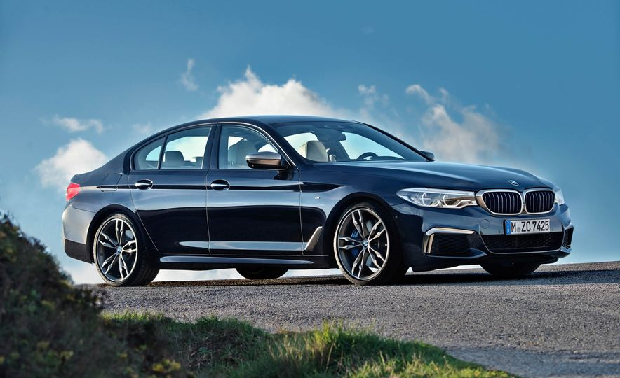 2018 BMW M550i xDrive - Slide 21