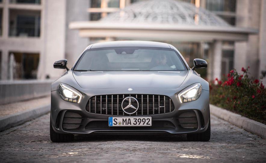 2018 Mercedes-AMG GT R - Slide 12