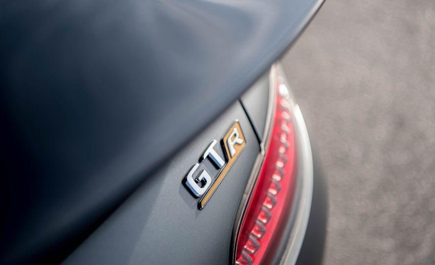 2018 Mercedes-AMG GT R - Slide 29