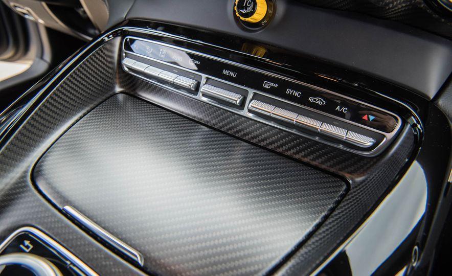 2018 Mercedes-AMG GT R - Slide 38