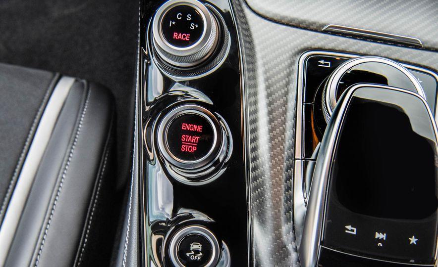 2018 Mercedes-AMG GT R - Slide 40