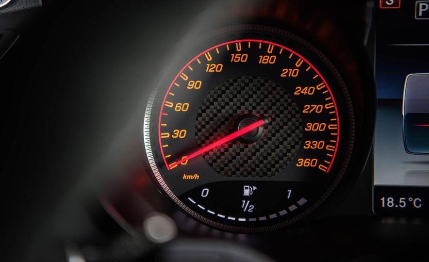2018 Mercedes-AMG GT R - Slide 48