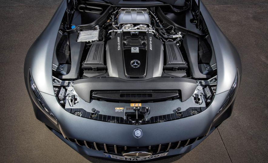 2018 Mercedes-AMG GT R - Slide 51
