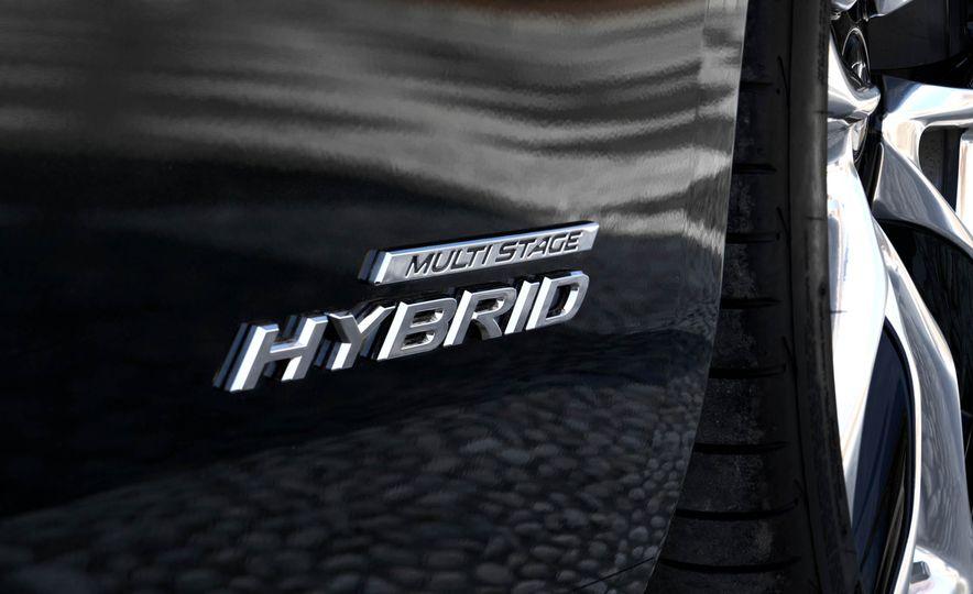 2018 Lexus LC500 - Slide 62
