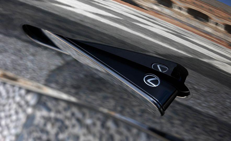 2018 Lexus LC500 - Slide 64
