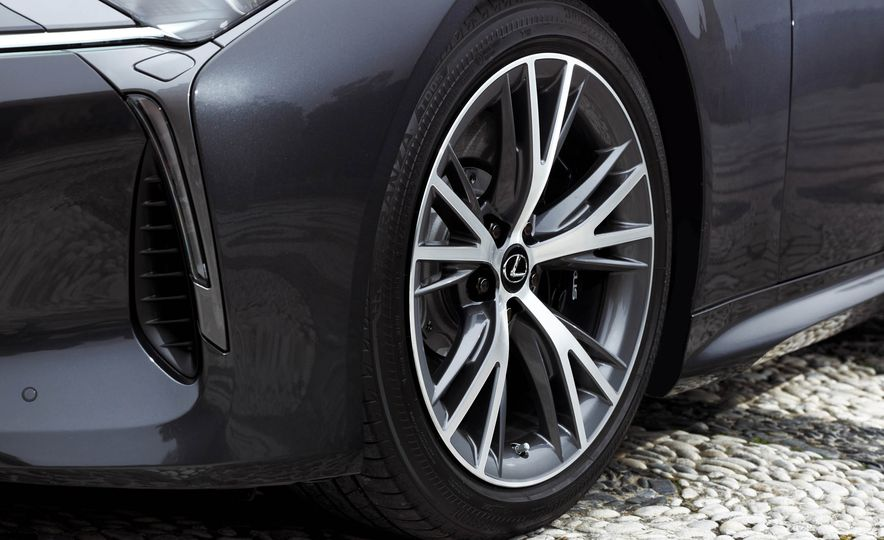 2018 Lexus LC500 - Slide 80