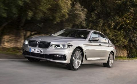 2018 Bmw 530e Iperformance Mid Size Plug In Hybrid News Car And