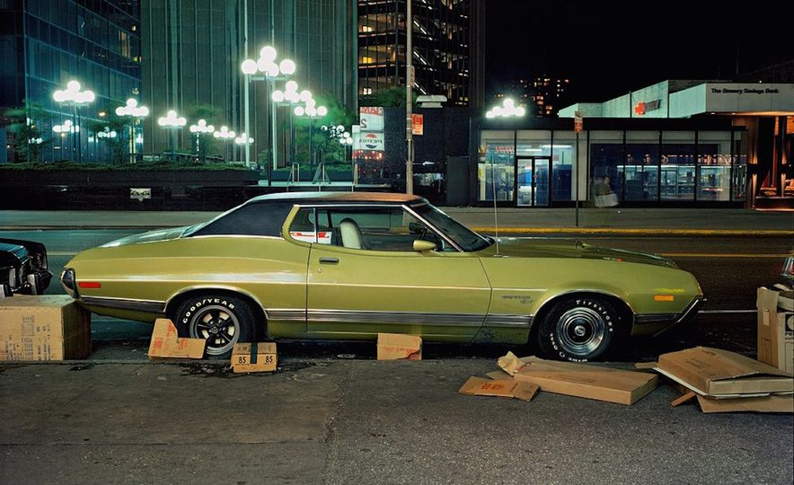 Iron and Grit: These Moody Images of the Cars of 1970s New York Are Incredible - Slide 4