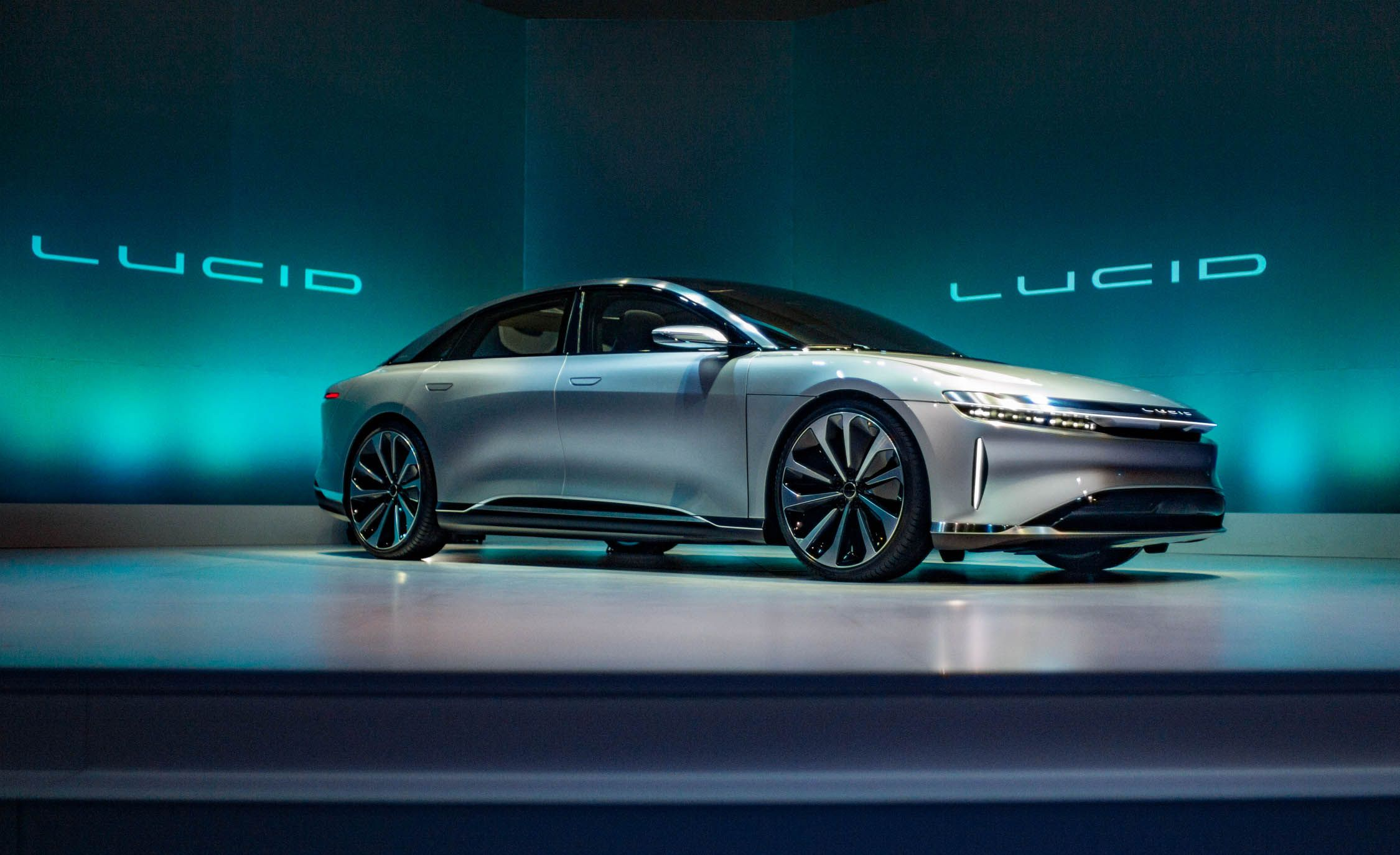 Lucid Unveils The New Air A Hp Luxury Ev News Car And