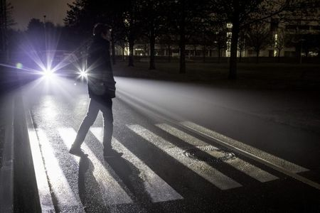 With 1 Million Micro-Mirrors, These Trick Headlights Don't Just Illuminate—They Communicate