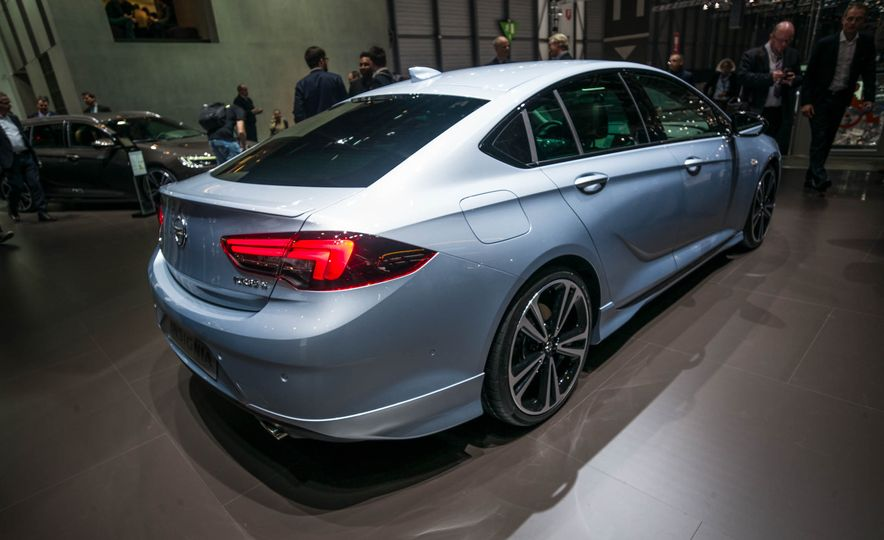 Opel Insignia Grand Sport (Euro-spec) - Slide 5