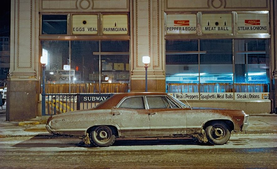 Iron and Grit: These Moody Images of the Cars of 1970s New York Are Incredible - Slide 7