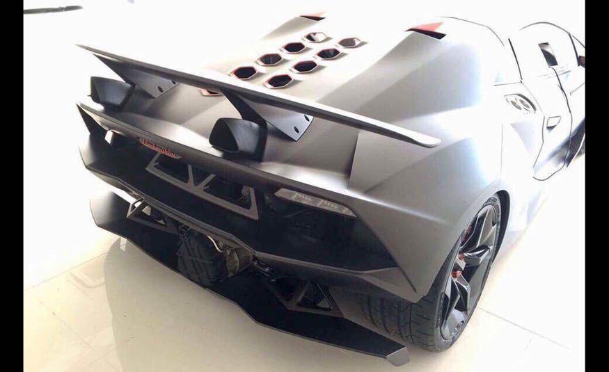 2011 Lamborghini Sesto Elemento - Slide 5