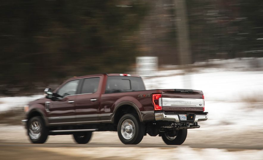 2017 Ford F-350 Super Duty King Ranch - Slide 8