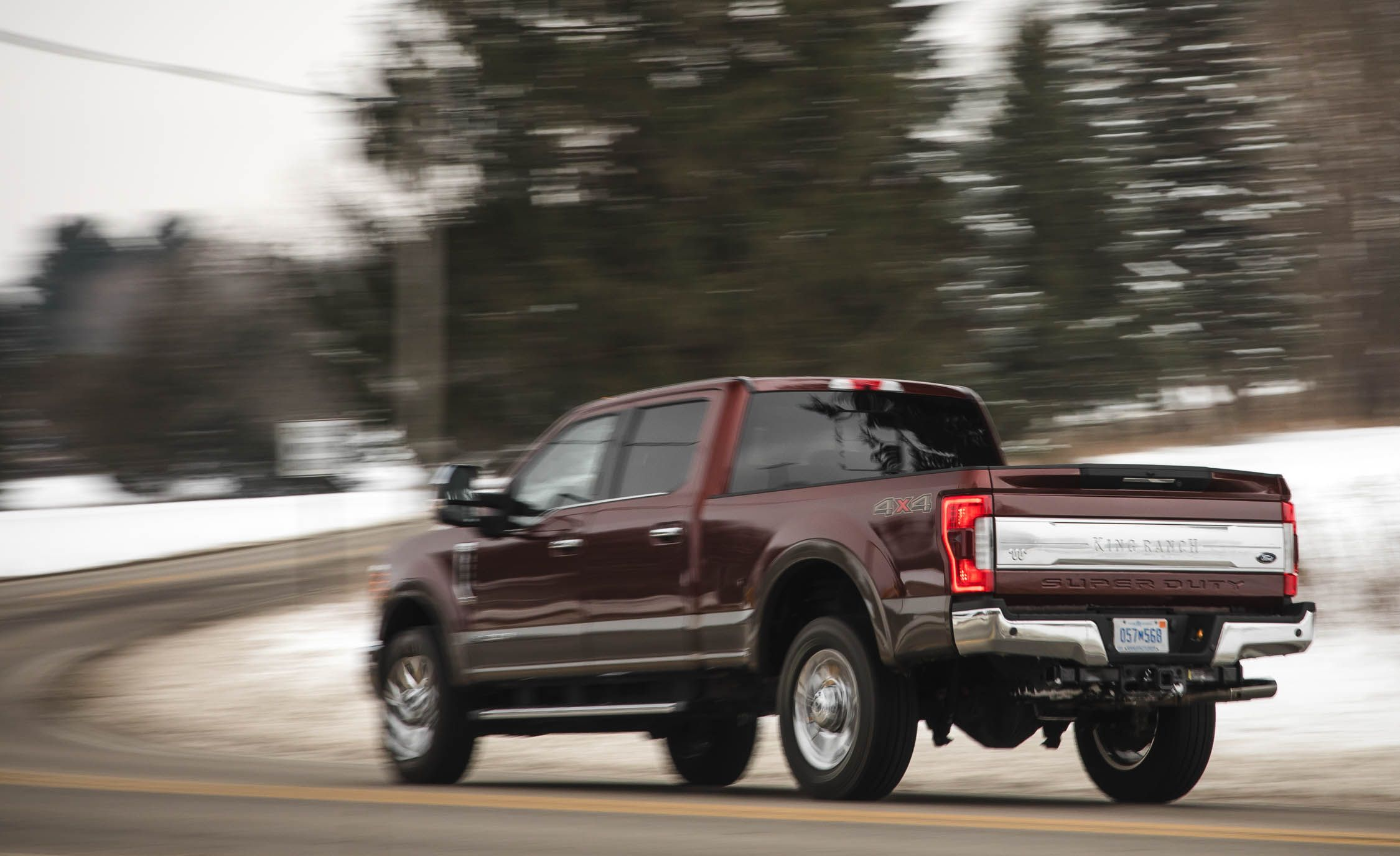 Ford f 350 super duty reviews ford f 350 super duty price photos and specs car and driver