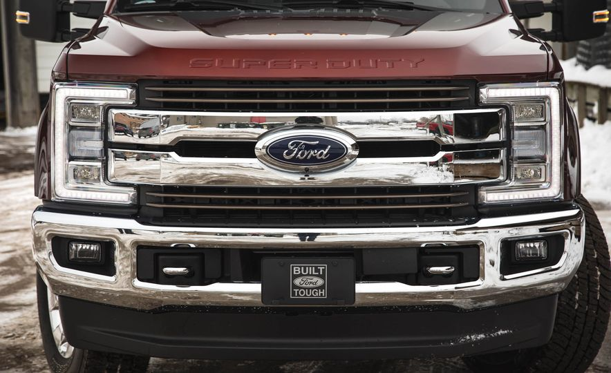 2017 Ford F-350 Super Duty King Ranch - Slide 14