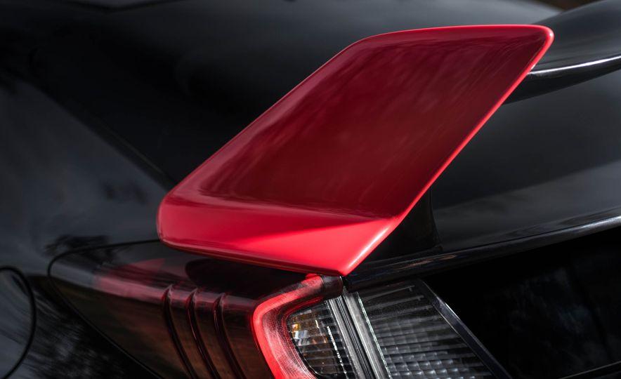 2017 Honda Civic Type R Black Edition (Euro-spec) - Slide 4