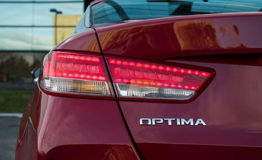 2017 Kia Optima hybrid - Slide 29