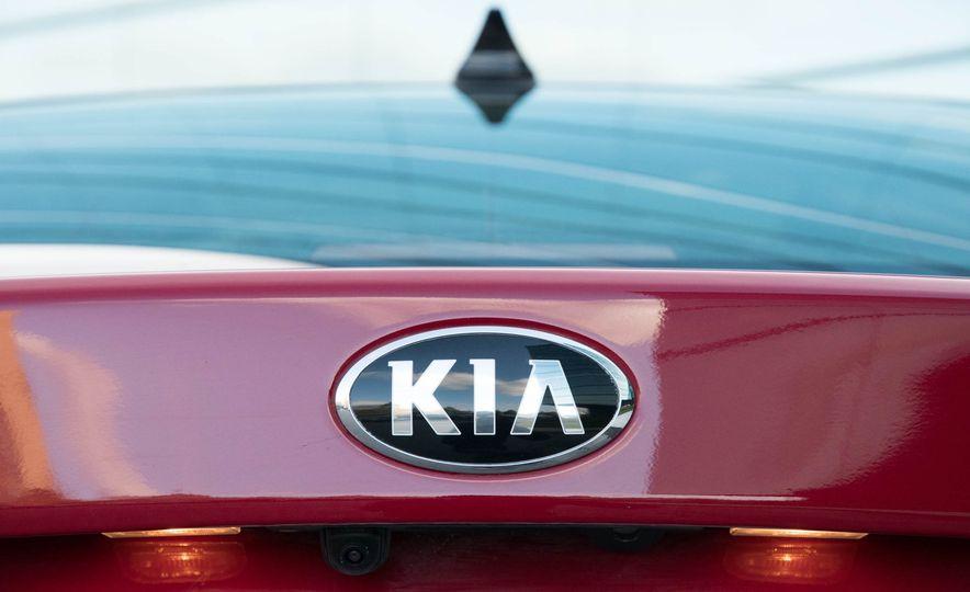 2017 Kia Optima hybrid - Slide 30