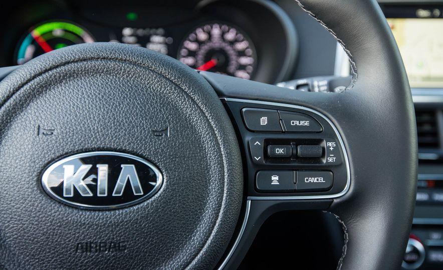 2017 Kia Optima hybrid - Slide 70