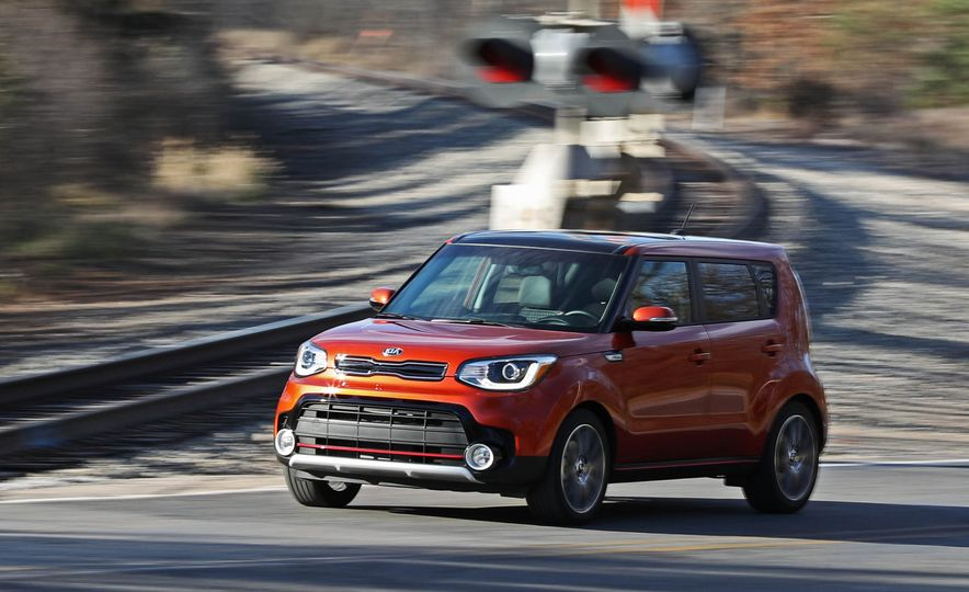 2017 Kia Soul SX Turbo - Slide 7