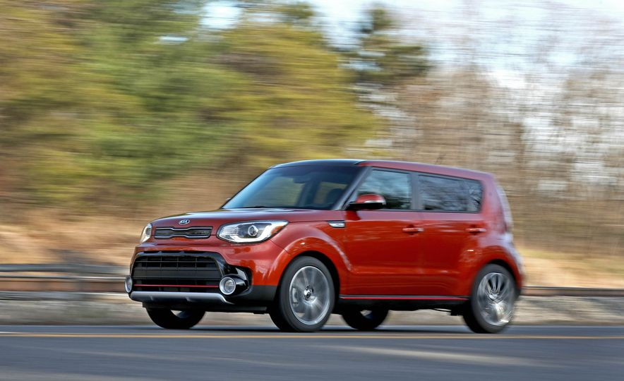 2017 Kia Soul SX Turbo - Slide 8