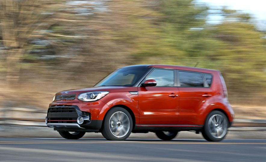 2017 Kia Soul SX Turbo - Slide 9