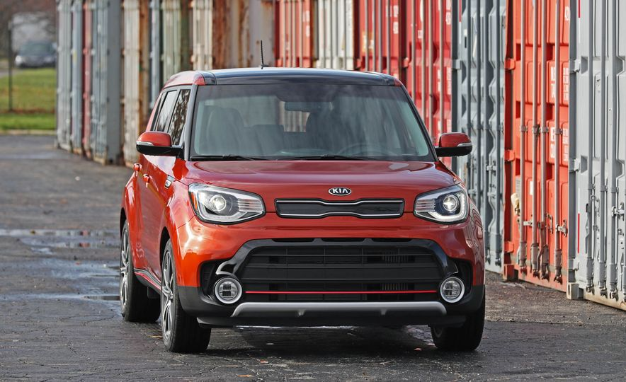 2017 Kia Soul SX Turbo - Slide 12