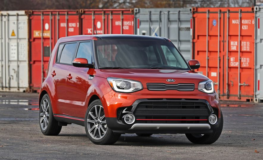 2017 Kia Soul SX Turbo - Slide 13