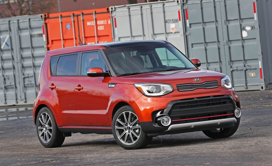 2017 Kia Soul SX Turbo - Slide 14