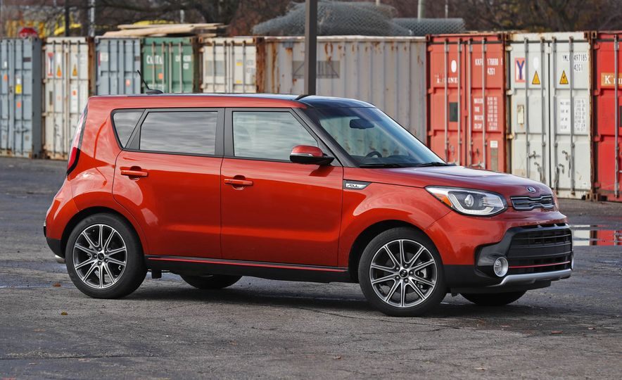 2017 Kia Soul SX Turbo - Slide 15