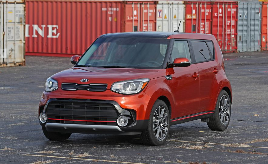2017 Kia Soul SX Turbo - Slide 16
