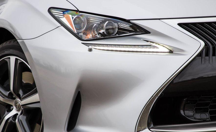 2017 Lexus RC 200t - Slide 16
