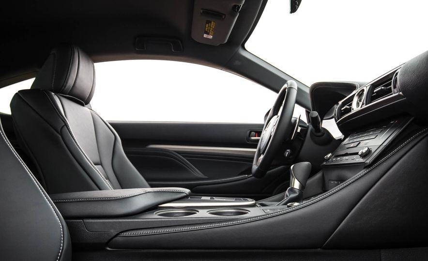 2017 Lexus RC 200t - Slide 27