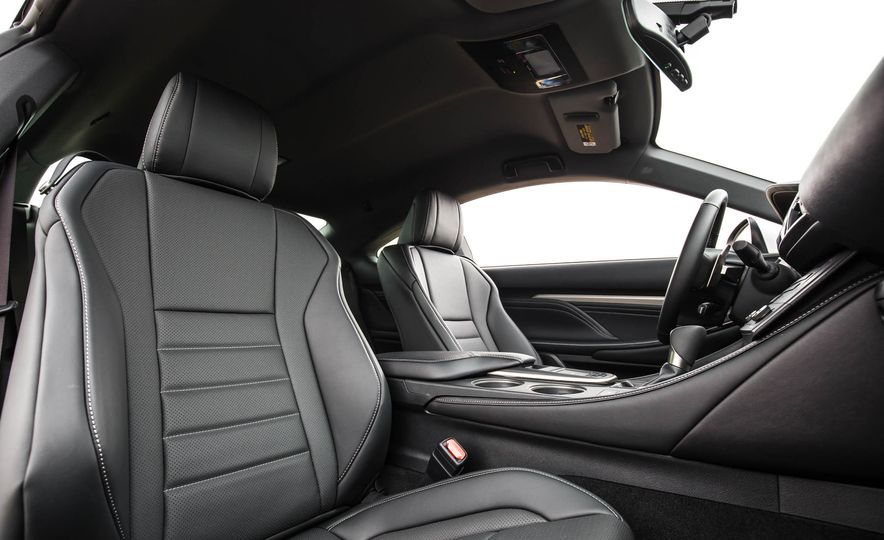 2017 Lexus RC 200t - Slide 29