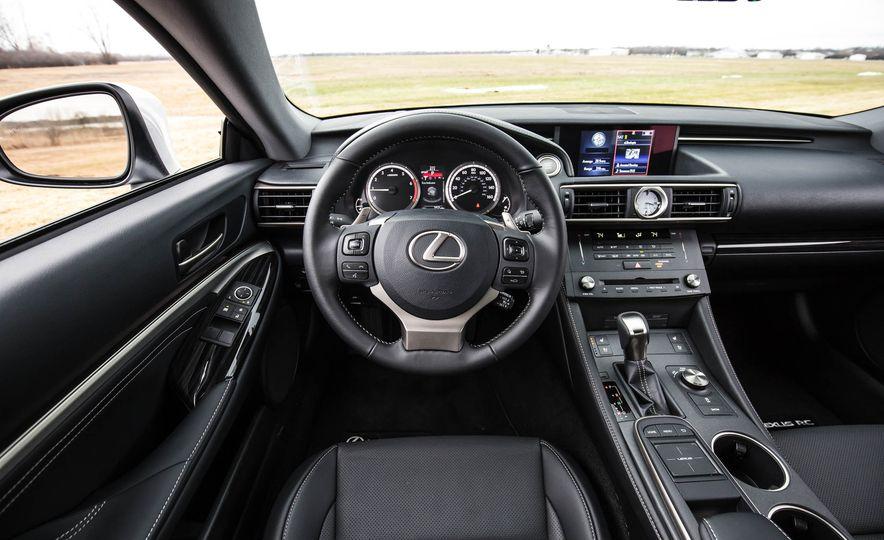 2017 Lexus RC 200t - Slide 31