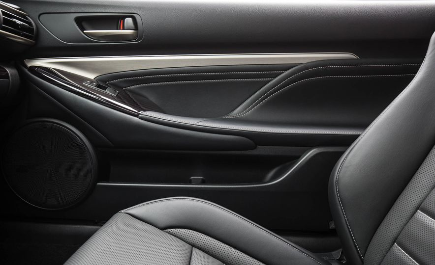 2017 Lexus RC 200t - Slide 44