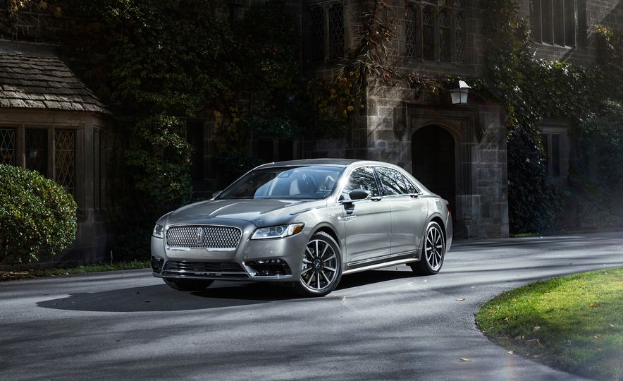 2017 Lincoln Continental 3.0T AWD - Slide 3
