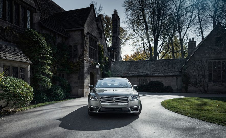 2017 Lincoln Continental 3.0T AWD - Slide 4