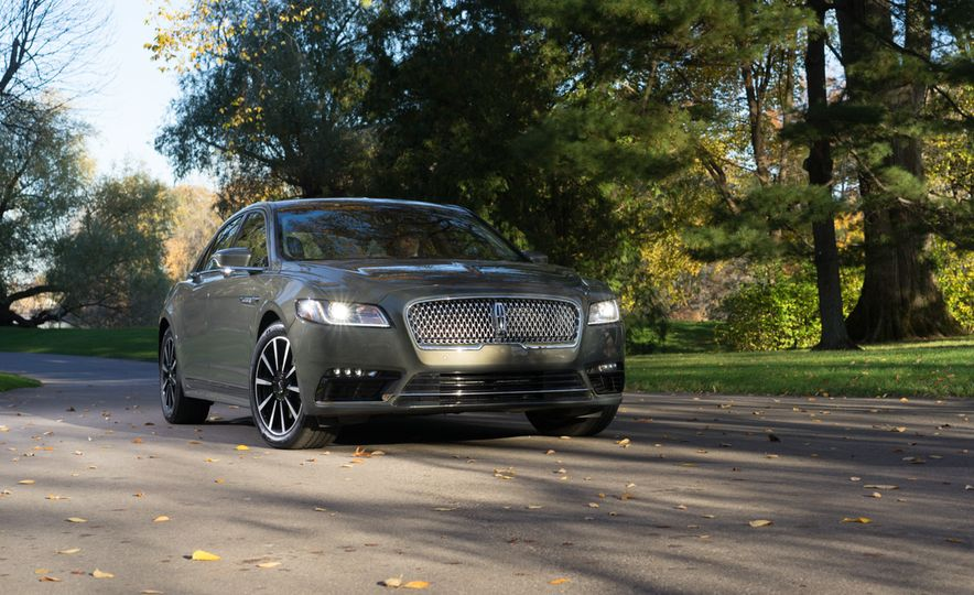 2017 Lincoln Continental 3.0T AWD - Slide 5