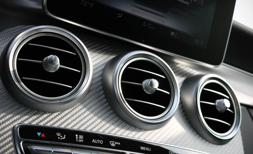 2017 Mercedes-AMG C63 cabriolet - Slide 43